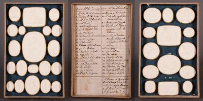 19th CENTURY INTAGLIO SEALS, CASED SET