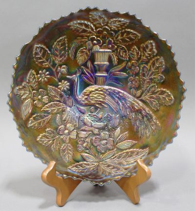 """FENTON """"PEACOCK AND URN"""" CARNIVAL GLASS PLATE"""